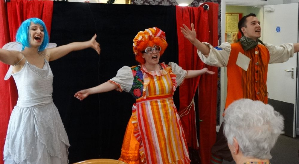 Carousel Theatre Company perform 'Jack and the Beanstalk'